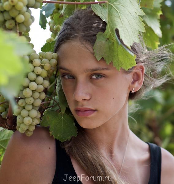 SUBURBAN - _DSC0769 Саша виноград.jpg